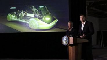 Elon Musk's high-speed train arrives in Chicago