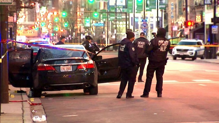 man  shot dead by the Chicago police