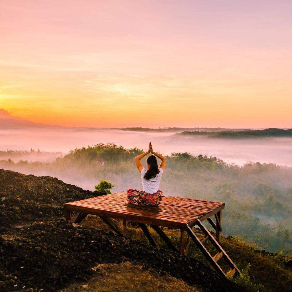 Choosing The Best Meditation Clothing