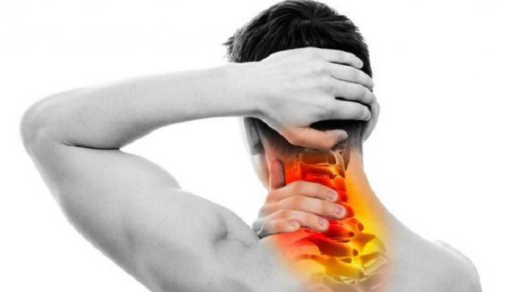 When To Worry About Neck Pains
