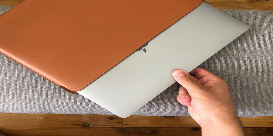 Elegantly Handcrafted Macbook Sleeves That Both Impresses And Protects