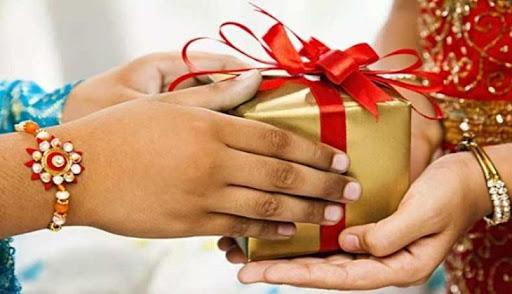 Best Raksha Bandhan Gifts for Sisters