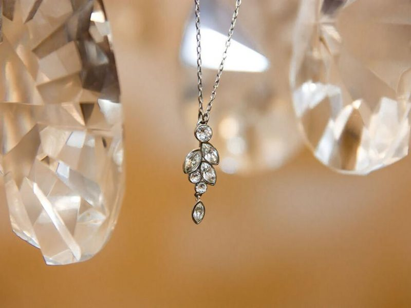 Signs to Identify Lab-grown Diamonds
